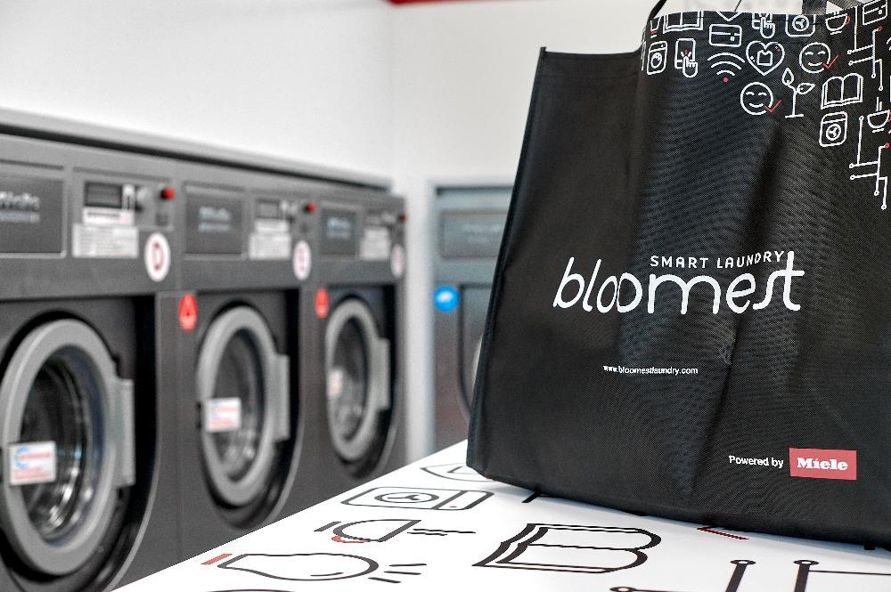 merchandising bloomest